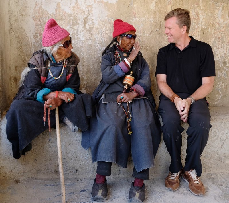 Chris and Ladakhi ladies at Lamayuru