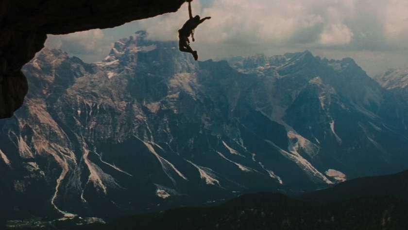 cliffhanger-1993-kritik-action-sylvester-stallone