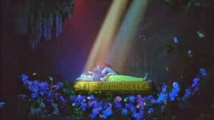 The updates in Snow White's Enchanted Wish use true love's kiss as the grand finale