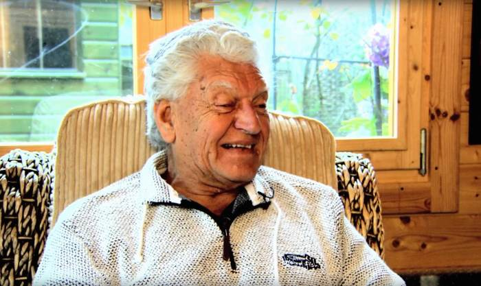 'Star Wars' Celebs React To Death Of Dave Prowse, The Original Darth Vader