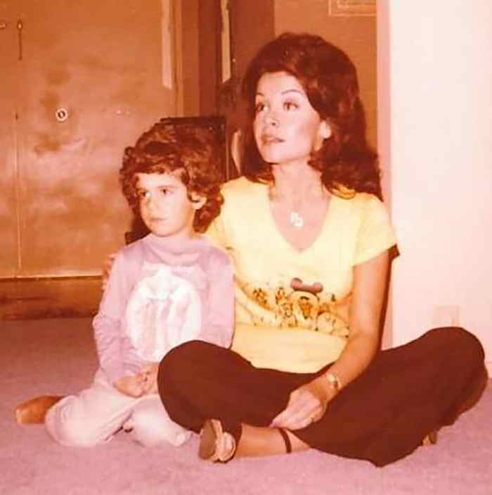 annette-funicello-and-son-jason