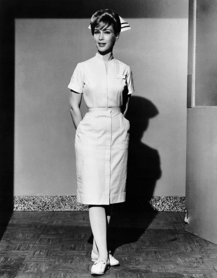 barbara-eden-the-new-interns