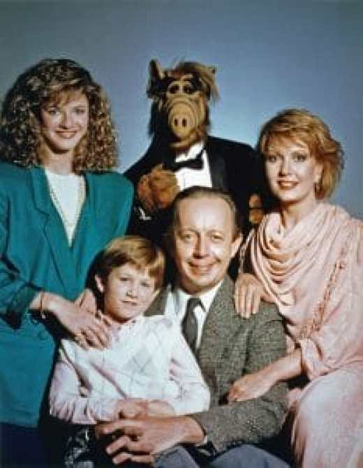 The Tanner family and their alien friend ALF