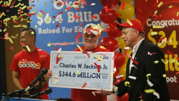 Man wins Powerball with fortune cookie numbers