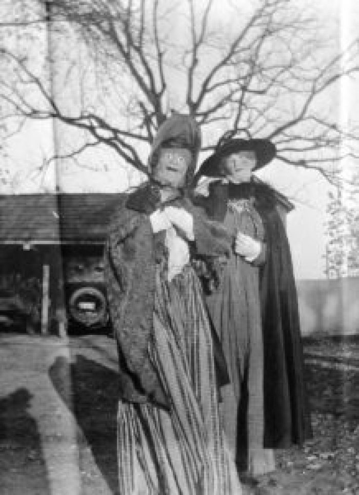 With unreal eyes, these vintage Halloween costumes appear nonhuman
