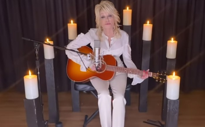 dolly parton tribute to kenny rogers