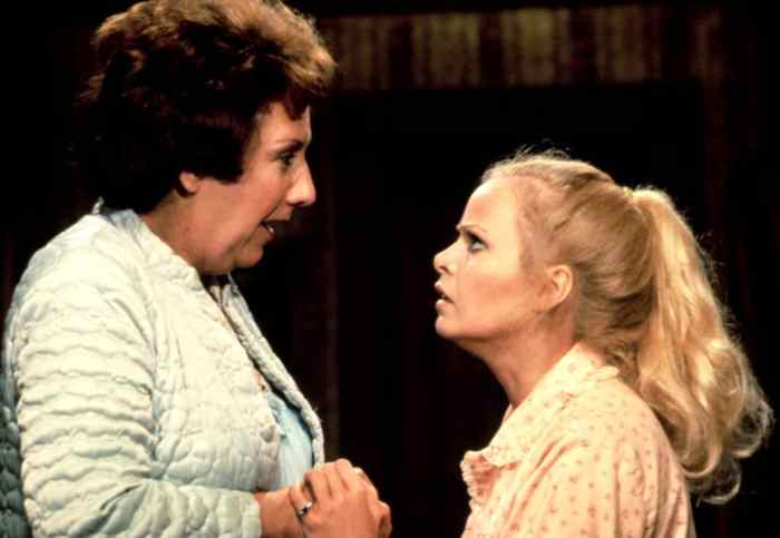 jean-stapleton-sally-struthers-all-in-the-family