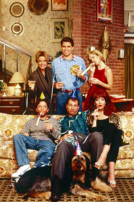 MARRIED...WITH CHILDREN, clockwise from top left: Amanda Bearse, Ted McGinley, Christina Applegate, Katey Sagal, Ed O'Neill, David Faustino