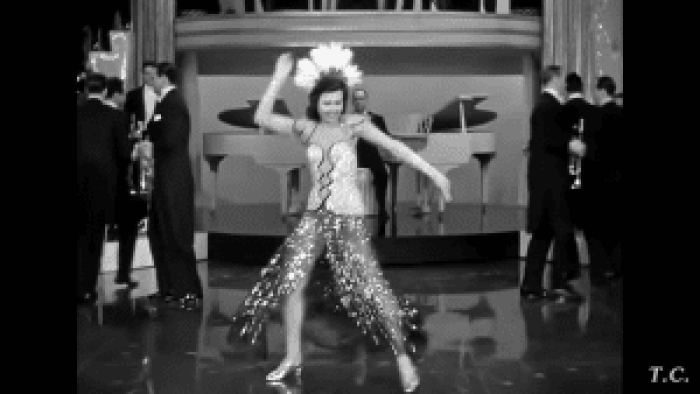 Dance in the '40s embraced hip swinging and lots of line movement
