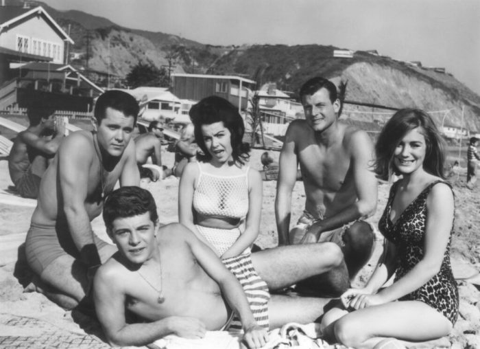 annette-funicello-muscle-beach-party