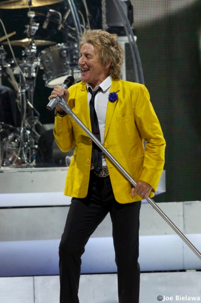 Whatever Happened With That Feud Between John Lennon And Rod Stewart?