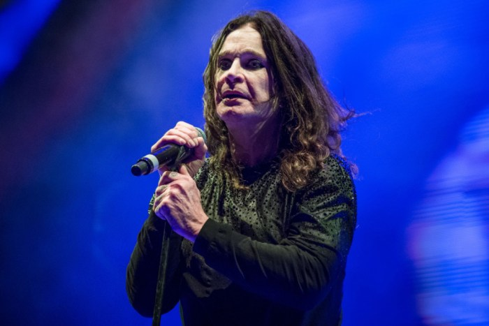 ozzy osbourne cancels tour dates due to medical treatment