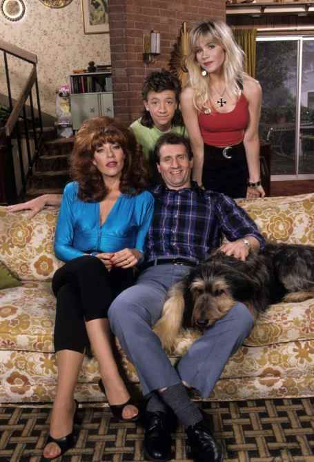 MARRIED...WITH CHILDREN, from left: Katey Sagal, David Faustino (top), Ed O'Neill, Christina Applegate, 1987-1997