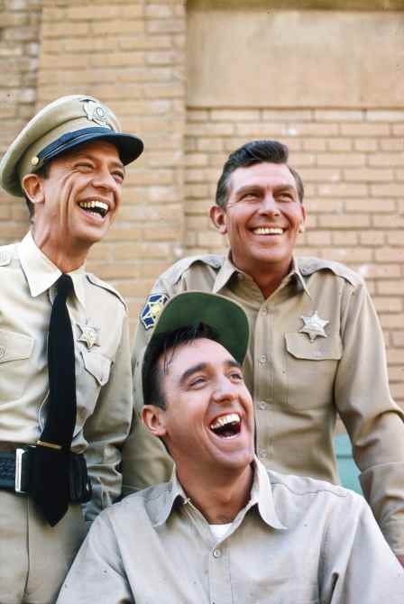 THE ANDY GRIFFITH SHOW, from left: Don Knotts, Jim Nabors, Andy Griffith, 1964
