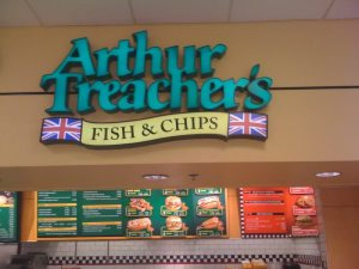 Patrons agree Arthur Treacher's fish and chips still taste as good as they remember