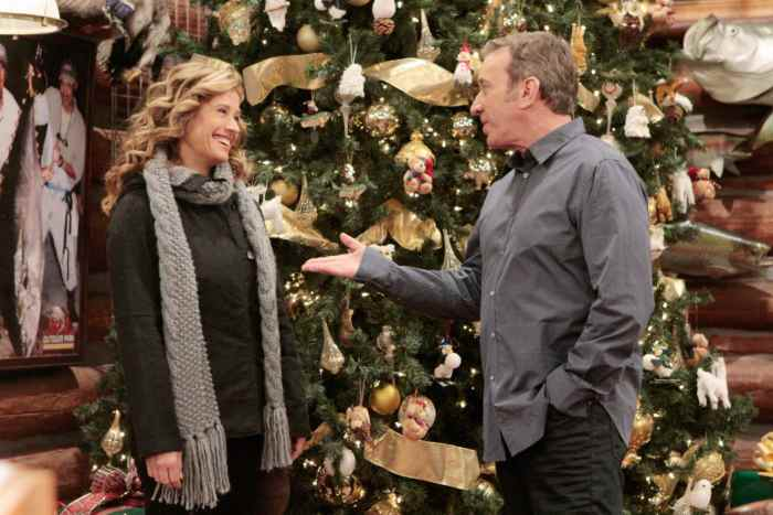 LAST MAN STANDING, (from left): Nancy Travis, Tim Allen, 'Putting A Hit On Christmas'