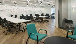 Gensler uses two color variations to create different zones in each space.