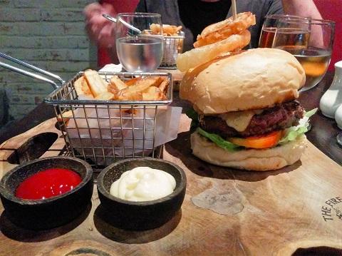 Fire Station Sanur - Burger