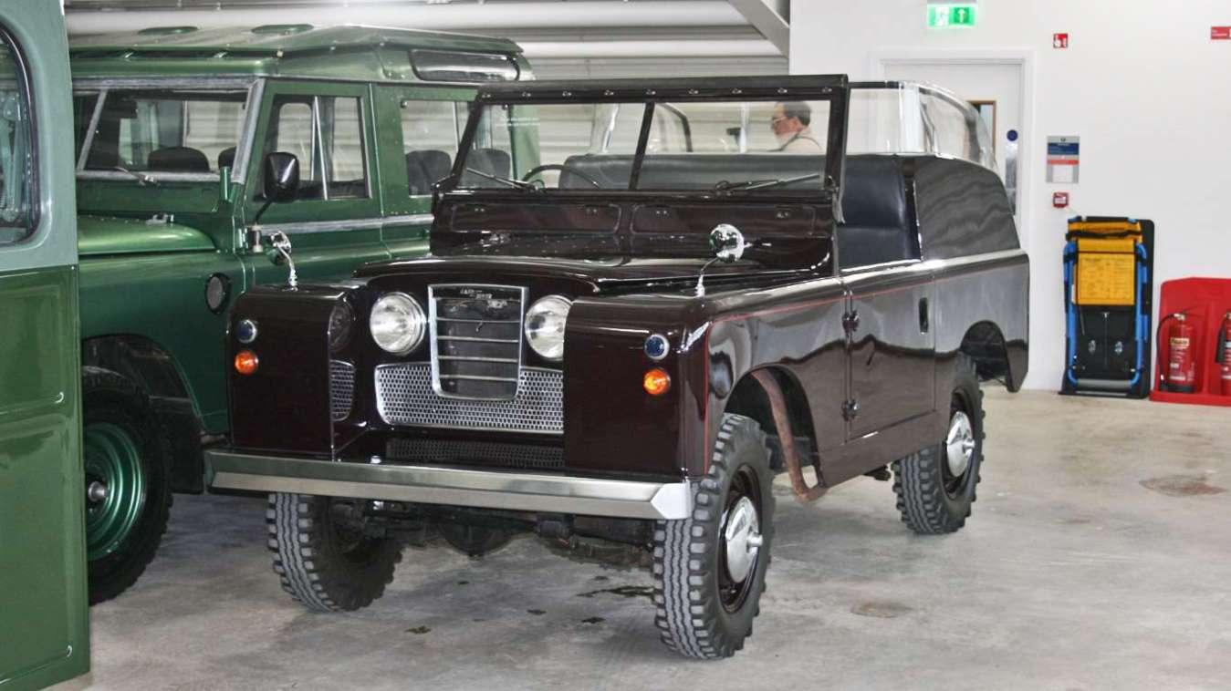 Royal Land Rover