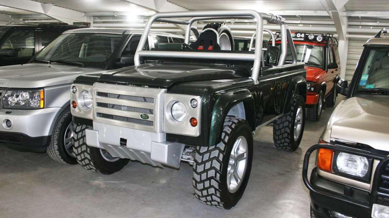 Land Rover Defender SVX concept