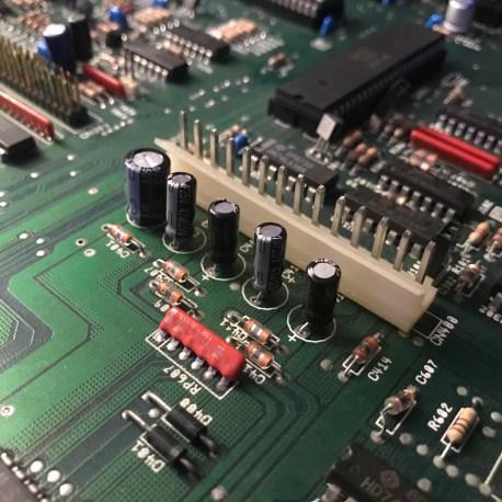 Amiga 2000 Mainboard Recapped