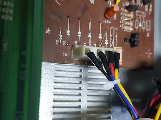 conector-placa-analogica-expert Fonte Externa no MSX Expert Gradiente