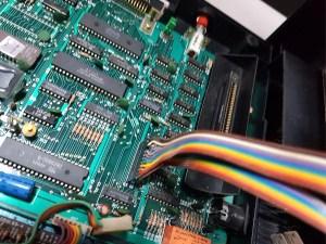 hotbit-preto-conector-teclado hotbit-preto-conector-teclado