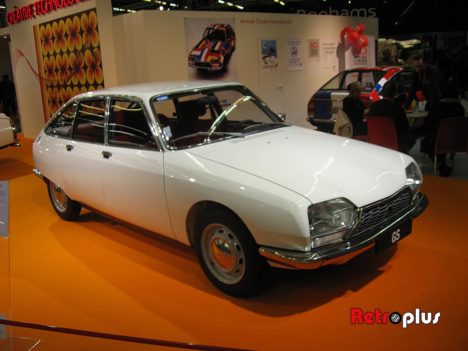 Retromobile2010-Autos-013