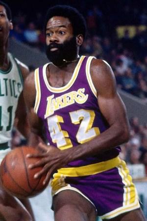 1973-74 Los Angeles Lakers Season