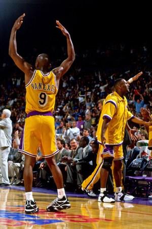 1994-95 Los Angeles Lakers Season