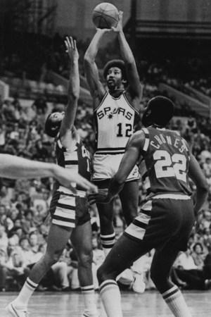1976-77 San Antonio Spurs Season