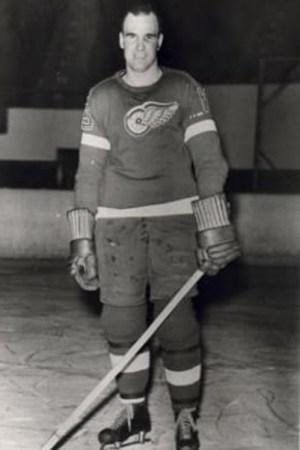 1937-38 Detroit Red Wings Season