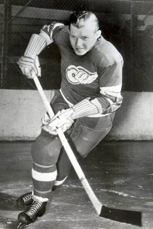 1943-44 Detroit Red Wings Season
