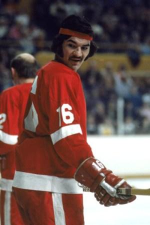 1972-73 Detroit Red Wings Season