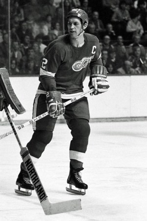 1975-76 Detroit Red Wings Season