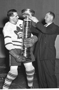 1945 Toronto Maple Leafs season