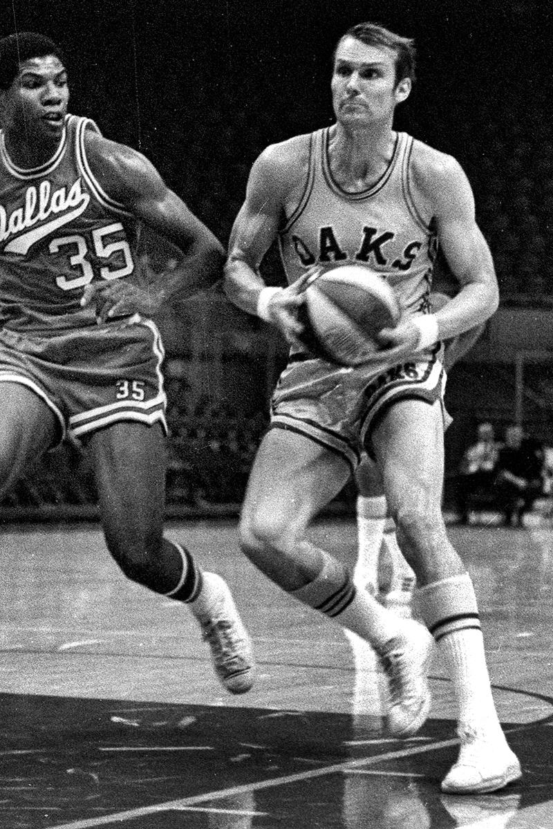 1969 ABA champion Oakland Oaks