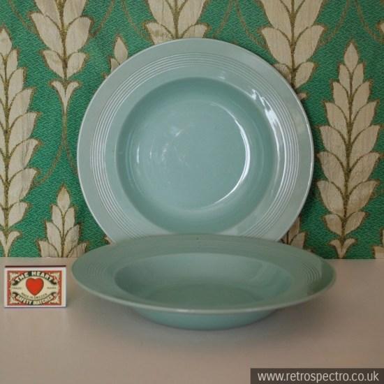 Wood's Ware Beryl Cerel Bowl