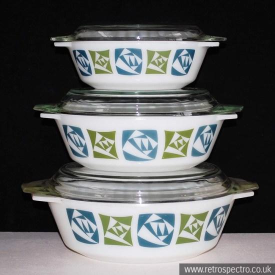 JAJ Pyrex Checkers Casserole Dish