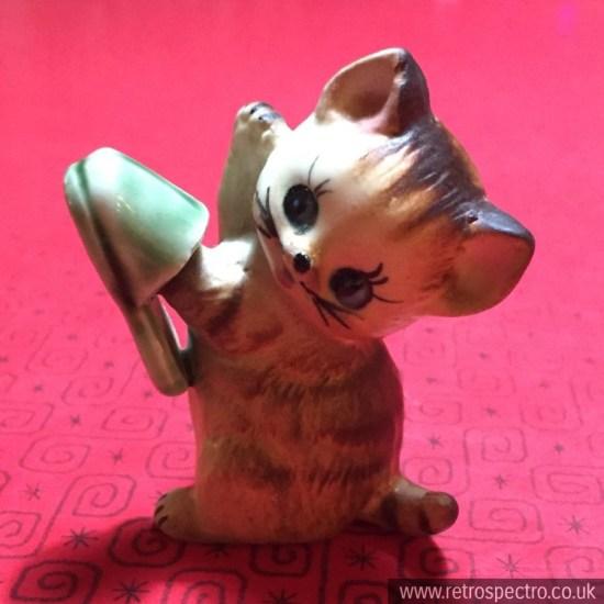 Simco Artware Japanese Cat Figurine