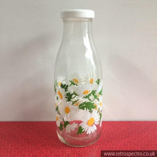 Le Parfait bottle with daisies