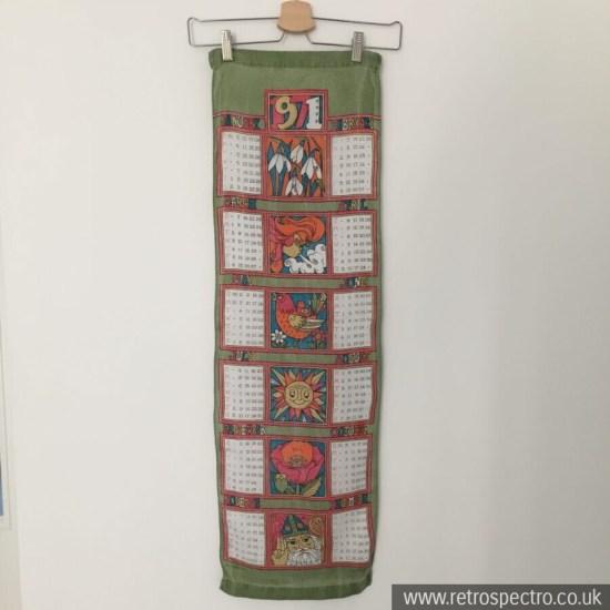 1971 Calendar Wall hanging tea towel