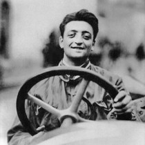 Enzo_Ferrari_-_Wheel_of_a_racing_car