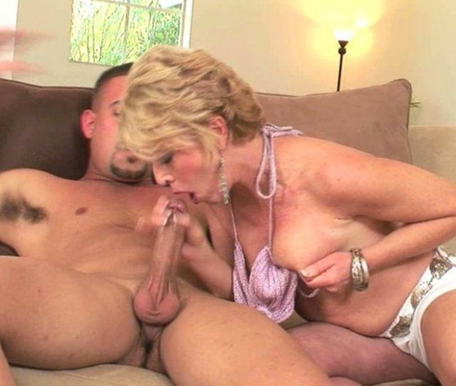 The E Q Reccomend Older Women Nude Porn