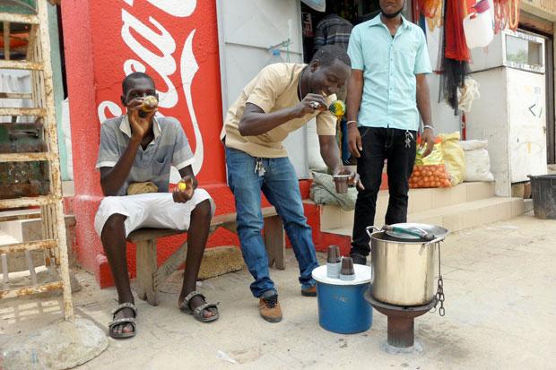 Vendeur de café Touba
