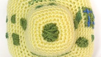How to embroider on crochet - ReveDreams com