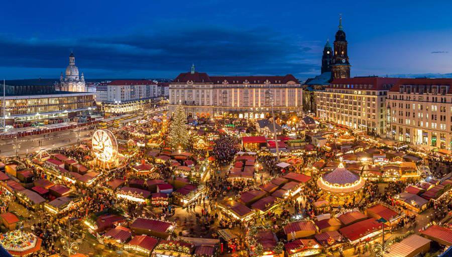 dresdner striezelmarkt christmas market