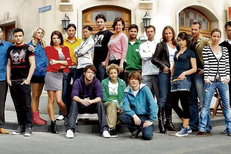 Long-running Unter uns is a German TV soap.