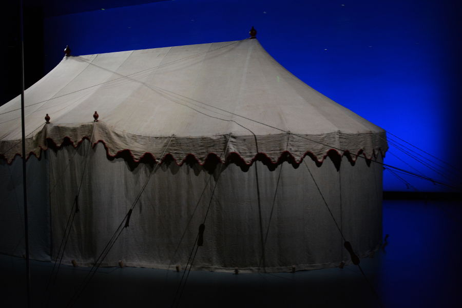 George Washington tent. Philadelphia's brand new Museum of the American Revolution shares the real stories of the struggles and war that helped found the United States.