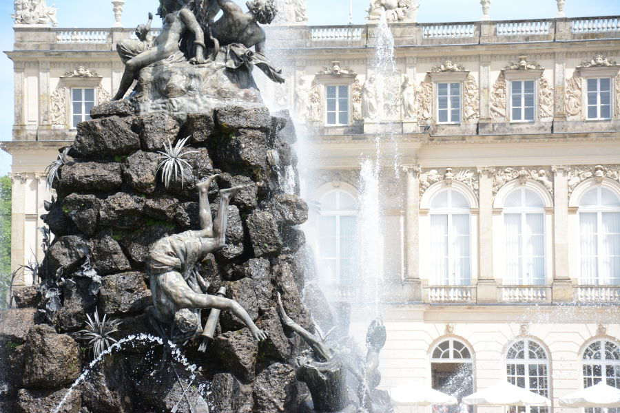 Close-up of the Herrenchiemsee fountain.